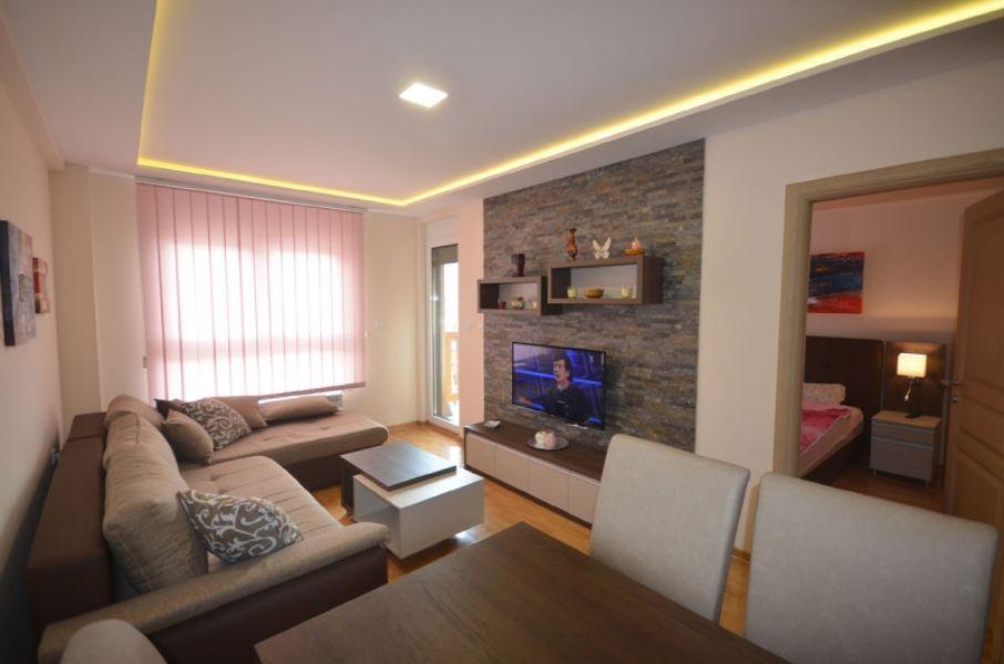 Apartman VIP Lara