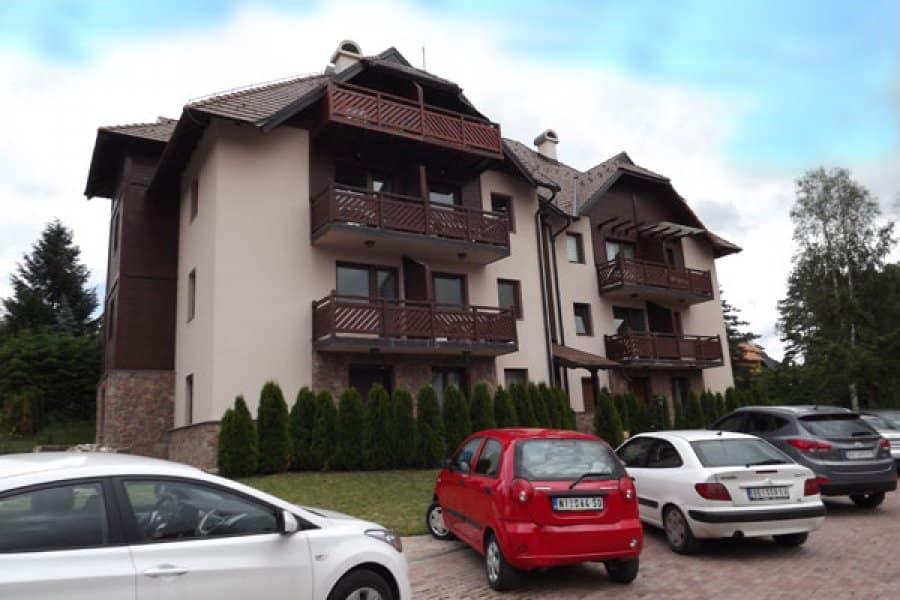 P3 - Apartmani Kaca