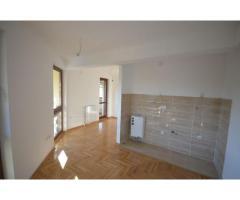 Prodaje se apartman kod Crkve - PRODATO