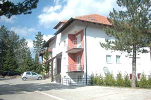 <a class=&quot;wonderplugin-gridgallery-posttitle-link&quot; href=&quot;https://www.zlatibor.org/apartman-holiday/&quot;>Apartman Holiday</a>