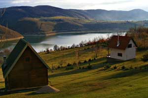 <a class=&quot;wonderplugin-gridgallery-posttitle-link&quot; href=&quot;https://www.zlatibor.org/vila-zlatarsko-jezero/&quot;>Vila Zlatarsko Jezero</a>